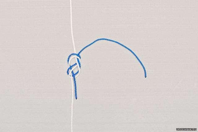 Боковой поводок, привязанный к основной леске узлом-восьмёркой